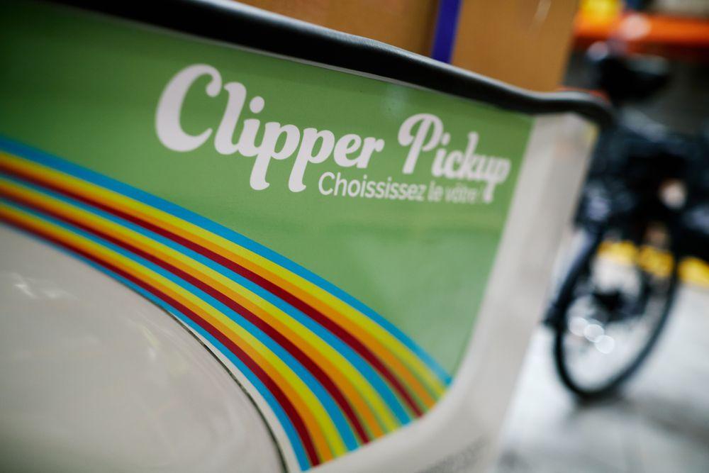Vélo cargo électrique professionnel Bluemooov Clipper Pickup