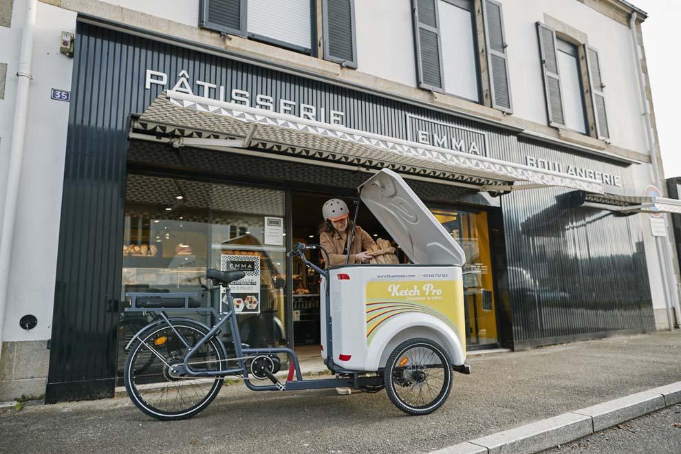 Vélo cargo triporteur électrique professionnel Bluemooov Ketch Pro