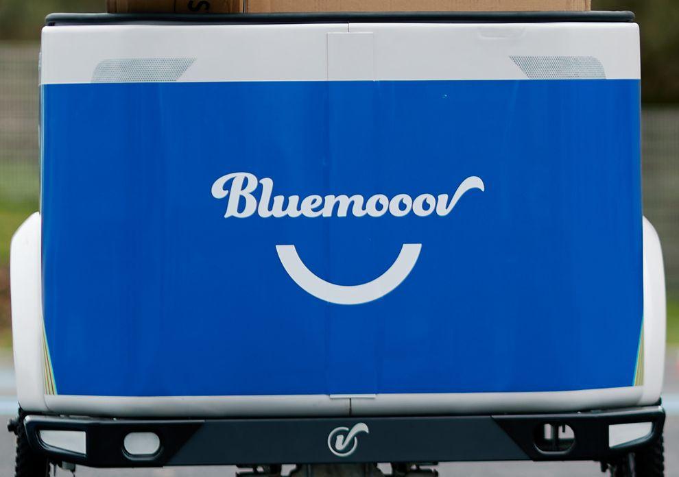 Vélo cargo électrique triporteur professionnel Bluemooov Clipper Open
